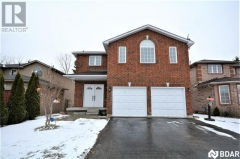 Real Estate -   48 STUNDEN Lane, Barrie, Ontario -