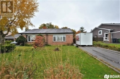 Real Estate Listing   10 CAMBERLEY Court Toronto